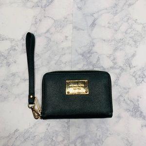 Michael Kors Green Wristlet Wallet
